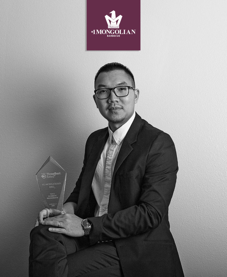 1-Mongolian-BBQ-Crystal-Award